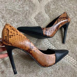 Zara basic Mustard/black snake prints pumps US 10